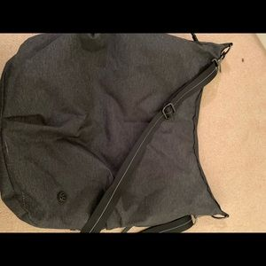 Lululemon workout bag dark grey